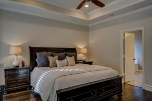hnědá barva ložnice